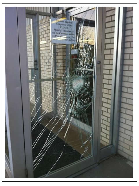 Broken Commercial Door Glass Des Moines