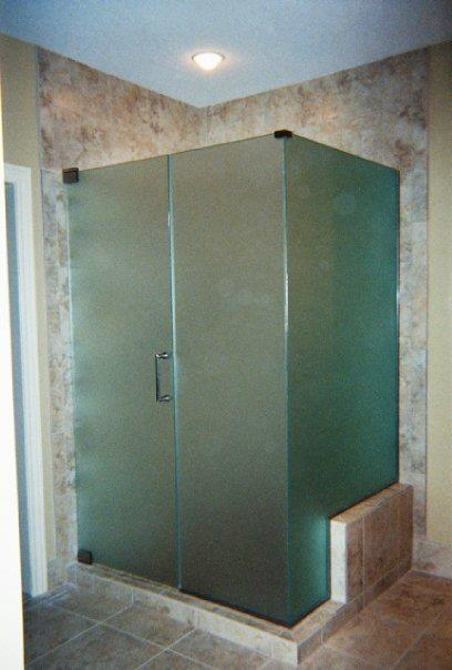 shower-door-des-moines-3